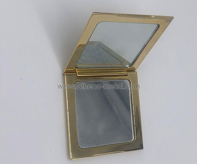 Suqare Metal Compact